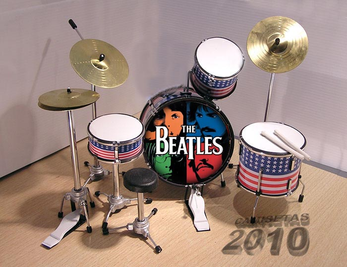 MINI BATERIA MINIATURA REPLICA DEL GRUPO THE BEATLES 03