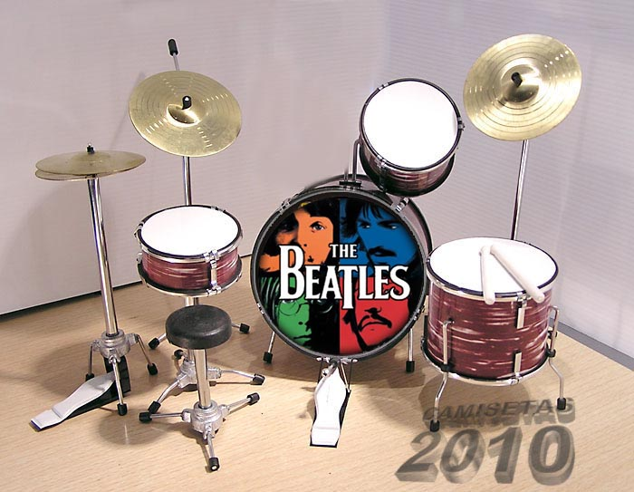 MINI BATERIA MINIATURA REPLICA DEL GRUPO THE BEATLES 08