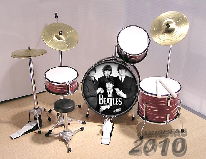 MINI BATERIA MINIATURA REPLICA DEL GRUPO THE BEATLES 11