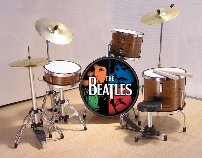 MINI BATERIA MINIATURA REPLICA DEL GRUPO THE BEATLES 15