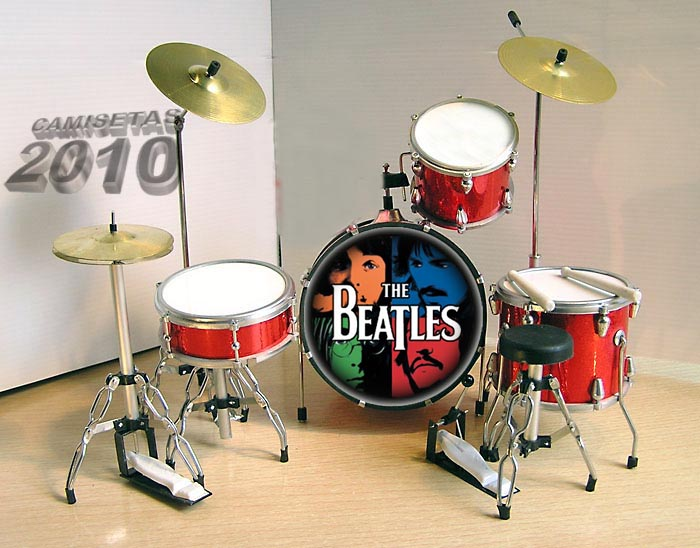 MINI BATERIA MINIATURA REPLICA DEL GRUPO THE BEATLES 18