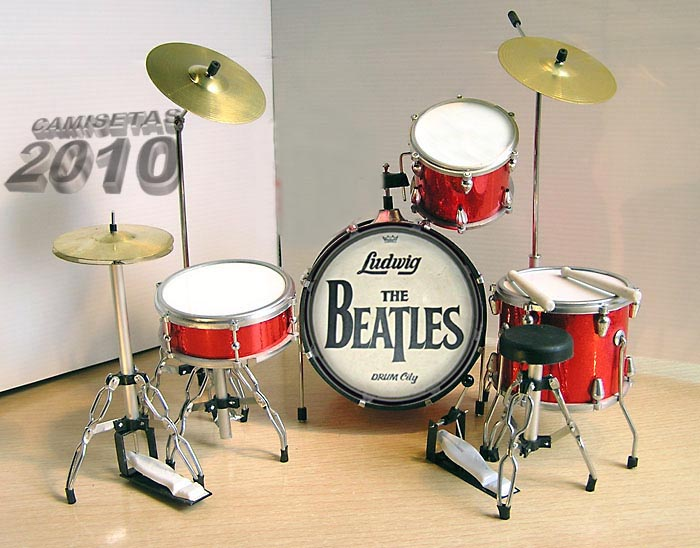 MINI BATERIA MINIATURA REPLICA DEL GRUPO THE BEATLES 21