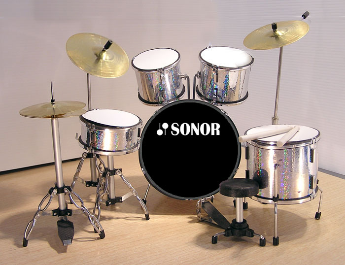 .MINI BATERIA MINIATURA REPLICA SONOR 02